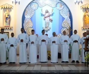 Dom Paulo recebe no Seminário São José Novos Seminaristas