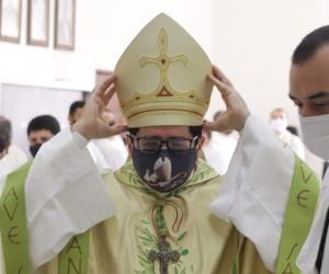 Celebração dos Santos óleos