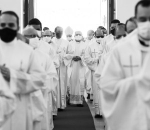 Missa dos Santos Óleos na Diocese de Garanhuns