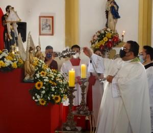 Homenagem a Pe. Roberto Júnior