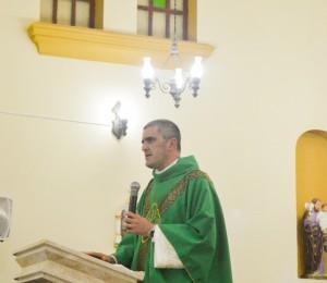 Paróquia de Nossa Senhora da Conceição em Canhotinho - PE recebe novo Pároco