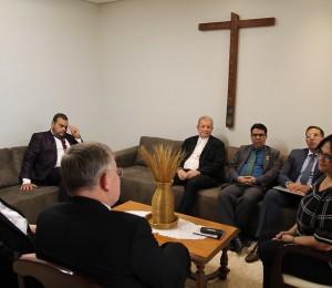 Presidência da CNBB recebe a ministra Damares Alves